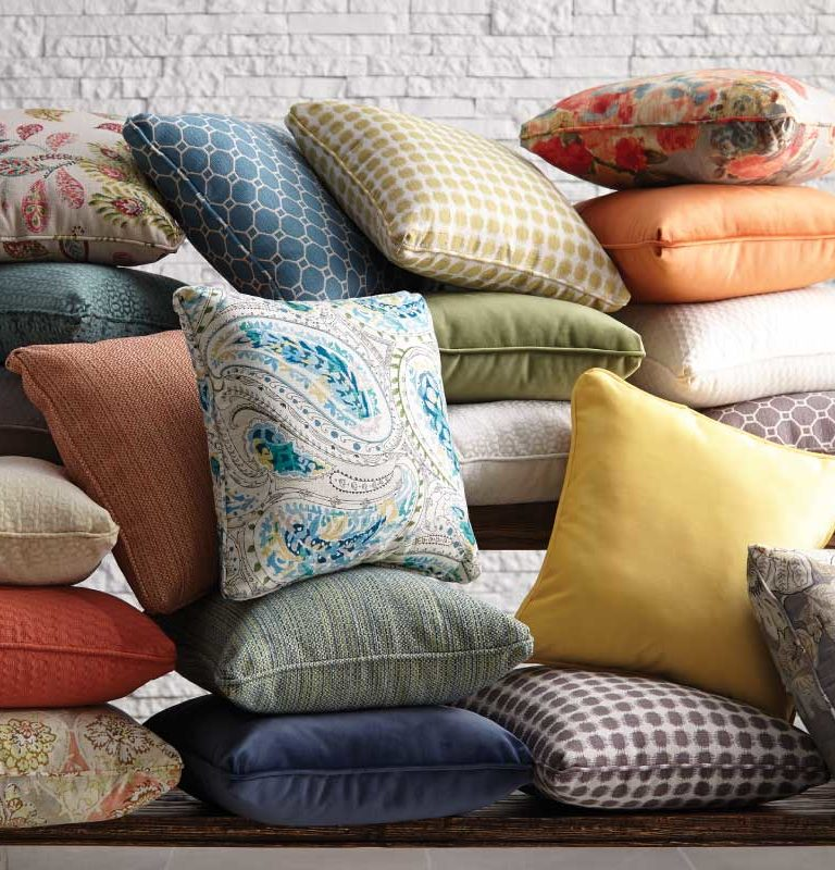 Decorating With Throw Pillows DIY Chervin Furniture Design Custom Pillow Decorating Tips