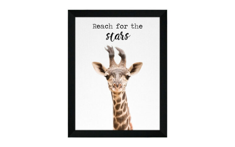 giraffe is a transitional piece of art that looks great in a kids room or a playroom.