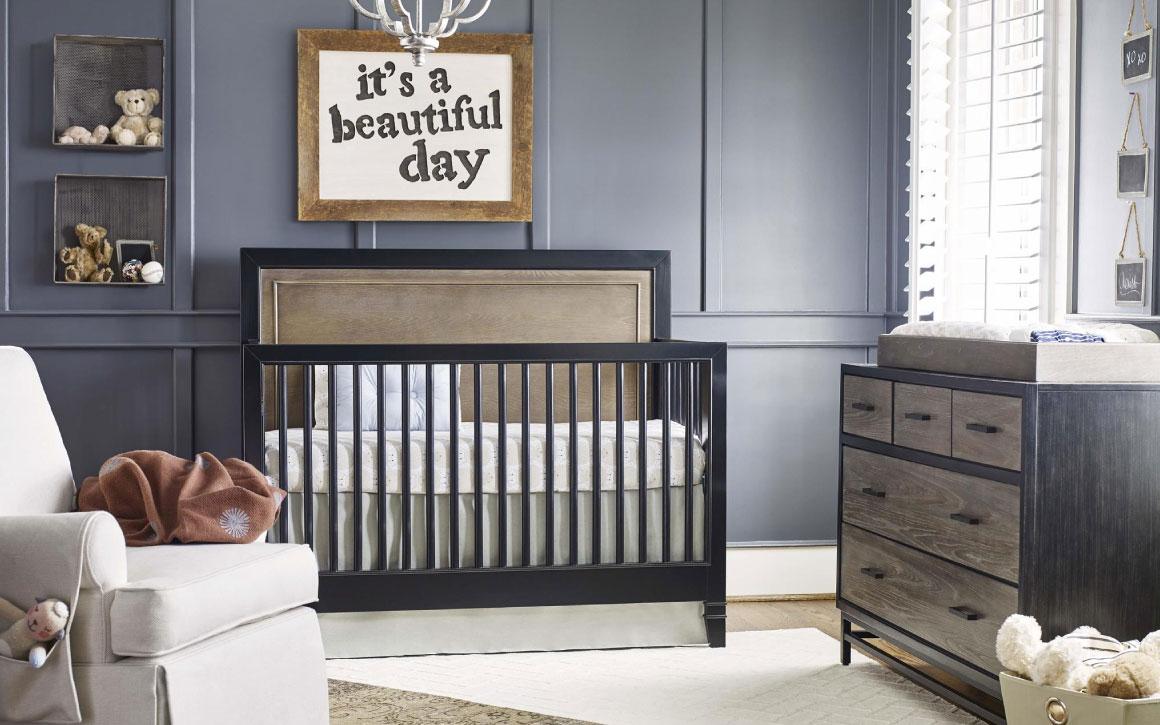 Convertible Crib room