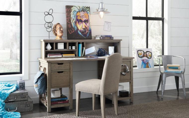 Jr. Study Hall Executive Desk with Hutch - room shot