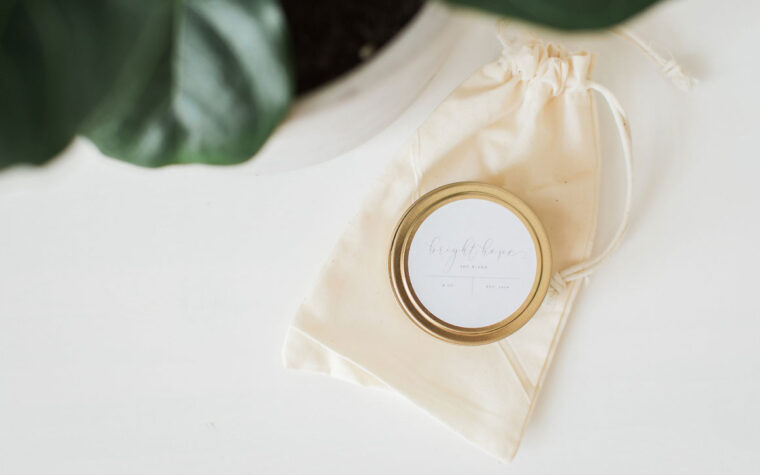 Bright Hope Soy Candles - Gold Tin