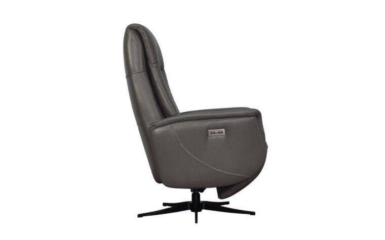 Q30 chair side view